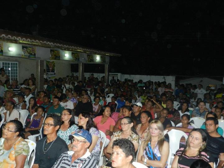 ELEIÇÕES 2012: EM CLIMA DE FESTA RAIMUNDÃO LANÇA CANDIDATURA RUMO A REELEIÇÃO