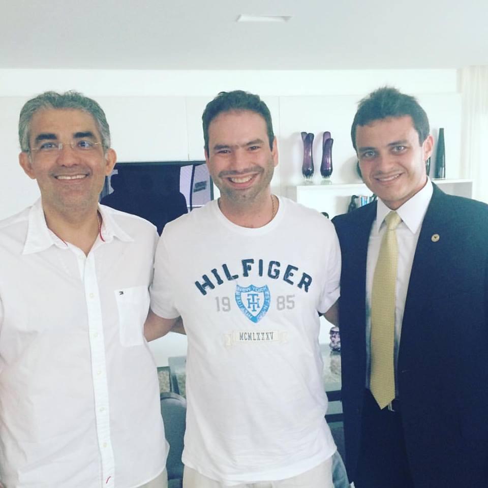 Eduardo Sá recebendo visita do Presidente Estadual do PRTB Soliney Silva e do deputado estadual Glaubert Cutrim