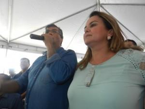 Mais de cem flashes da passagem do governador Flávio Dino por Lago da Pedra (79)